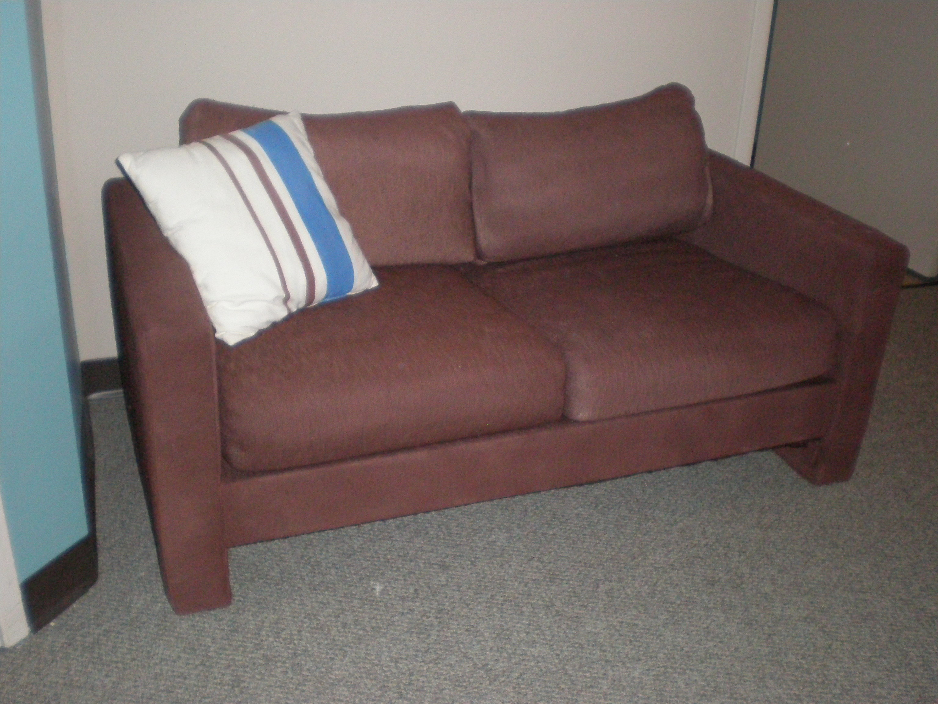 couch2-after.jpg