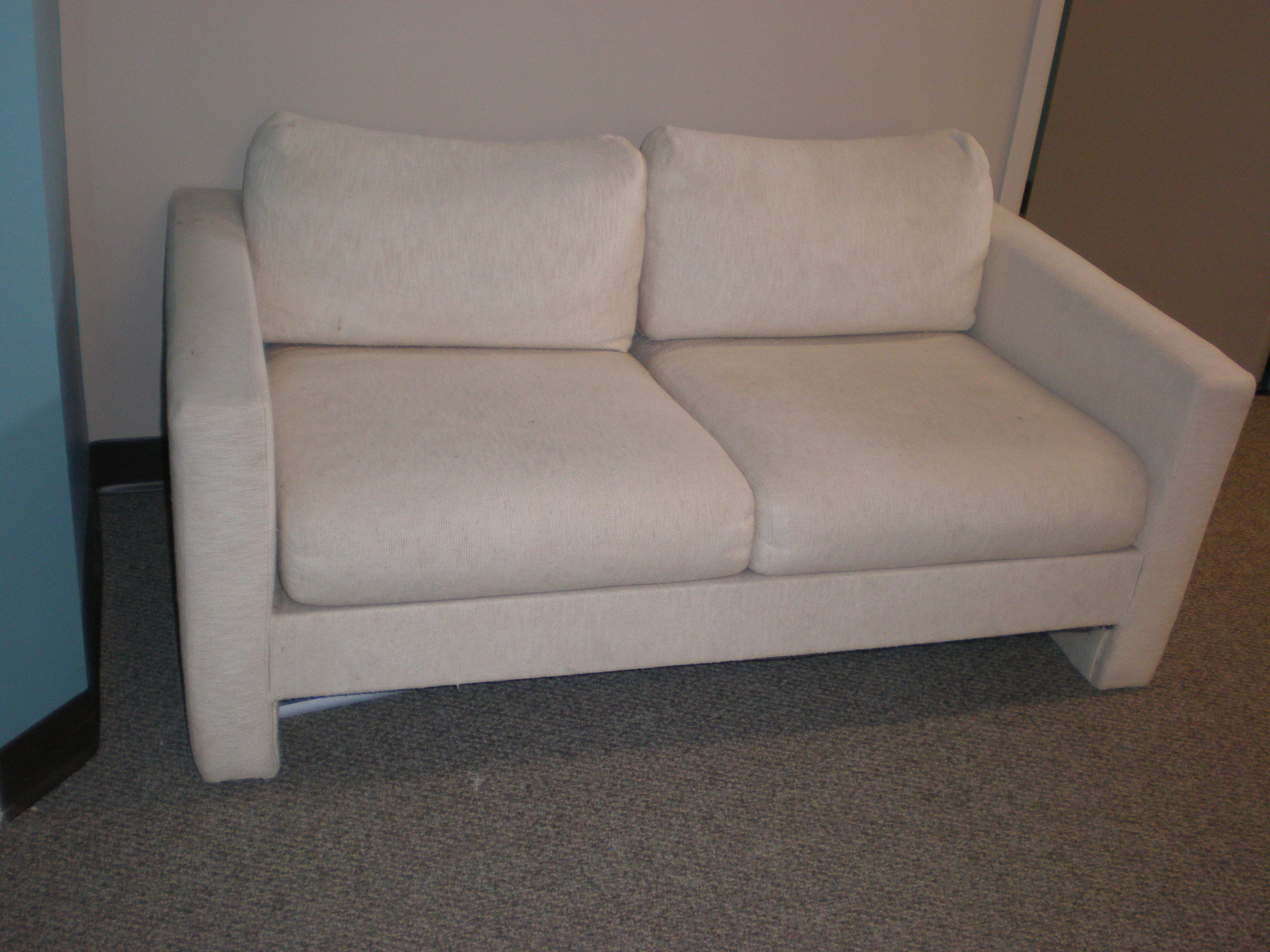 couch2-before.jpg